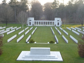 Buttes New British Cemetery (Zonnebeke) ©YRH2016