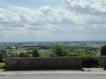 zicht over de grens van op de Rodeberg (Heuvelland) - a view across the border from Heuvelland - vue du Mont Rouge (Heuvelland) ©YRH2016